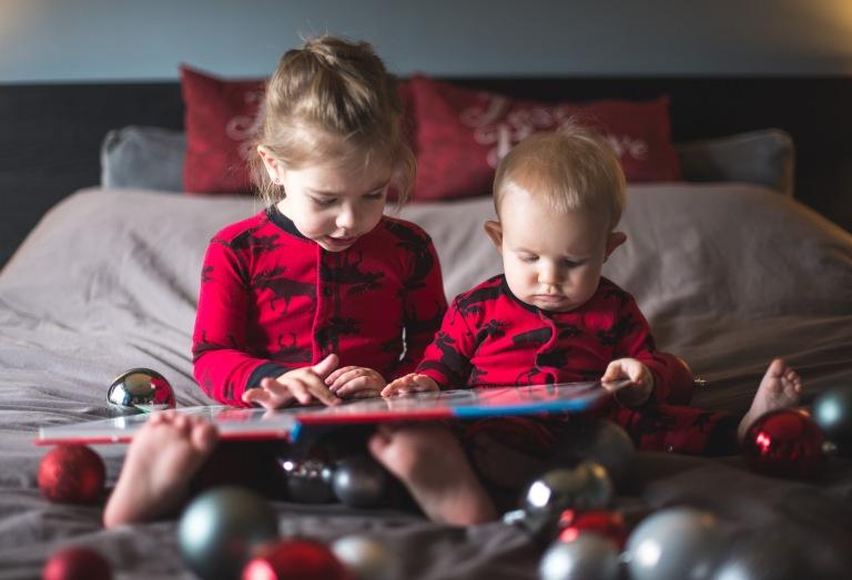 Lina and Aria Christmas 2017-7597